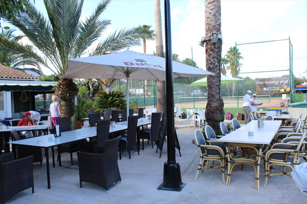 Outside facilities tennis benidorm